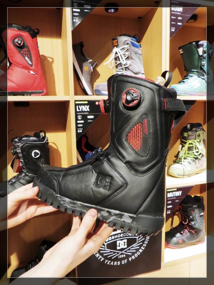 Simon - travis rice boots